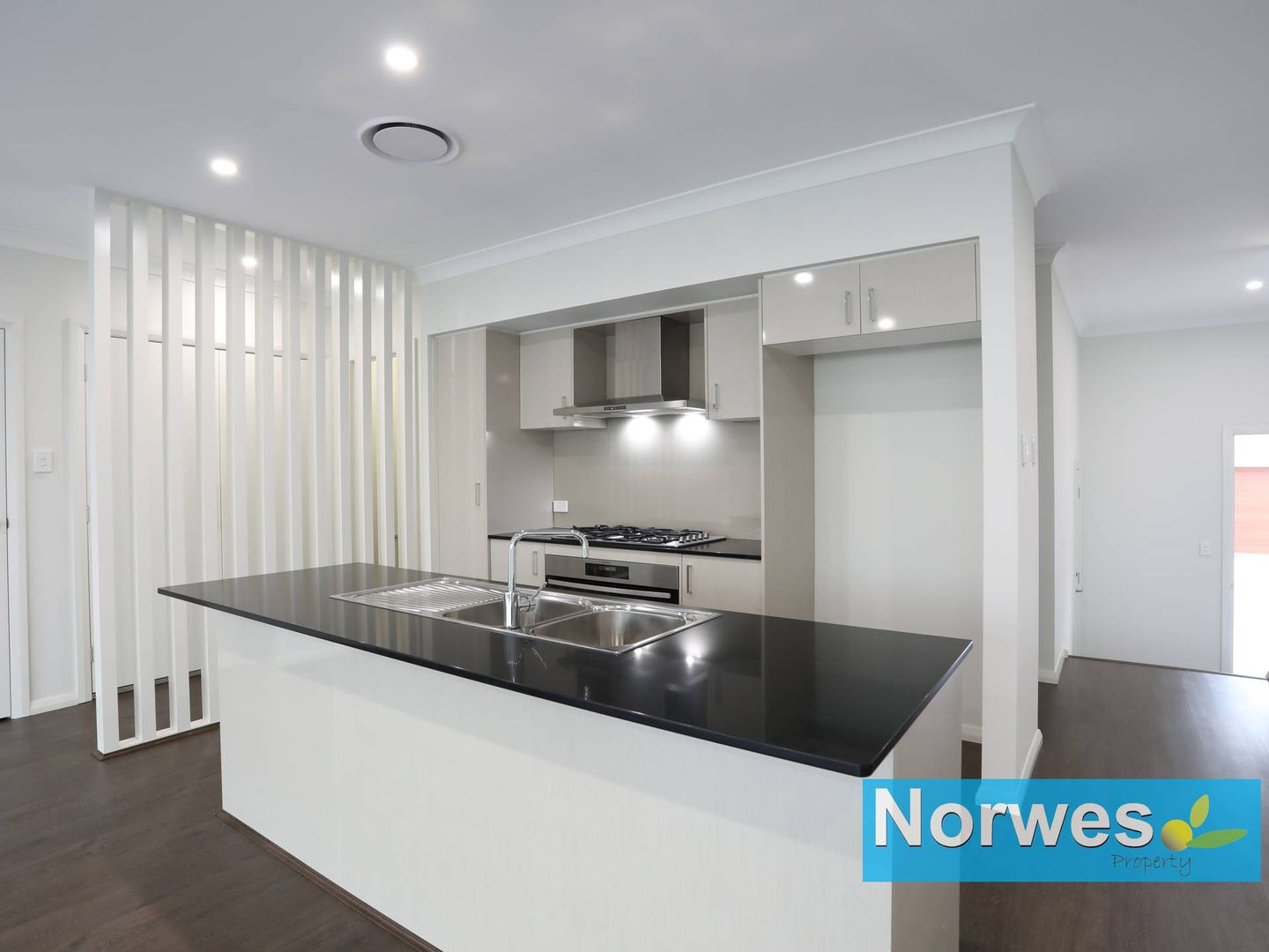 15 Clubside Drive, Norwest NSW 2153, Image 2