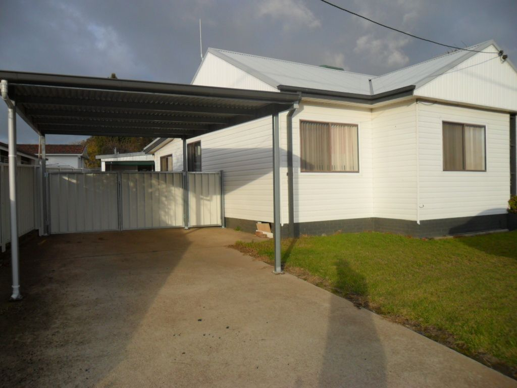 49 Blackett Avenue, Young NSW 2594, Image 2