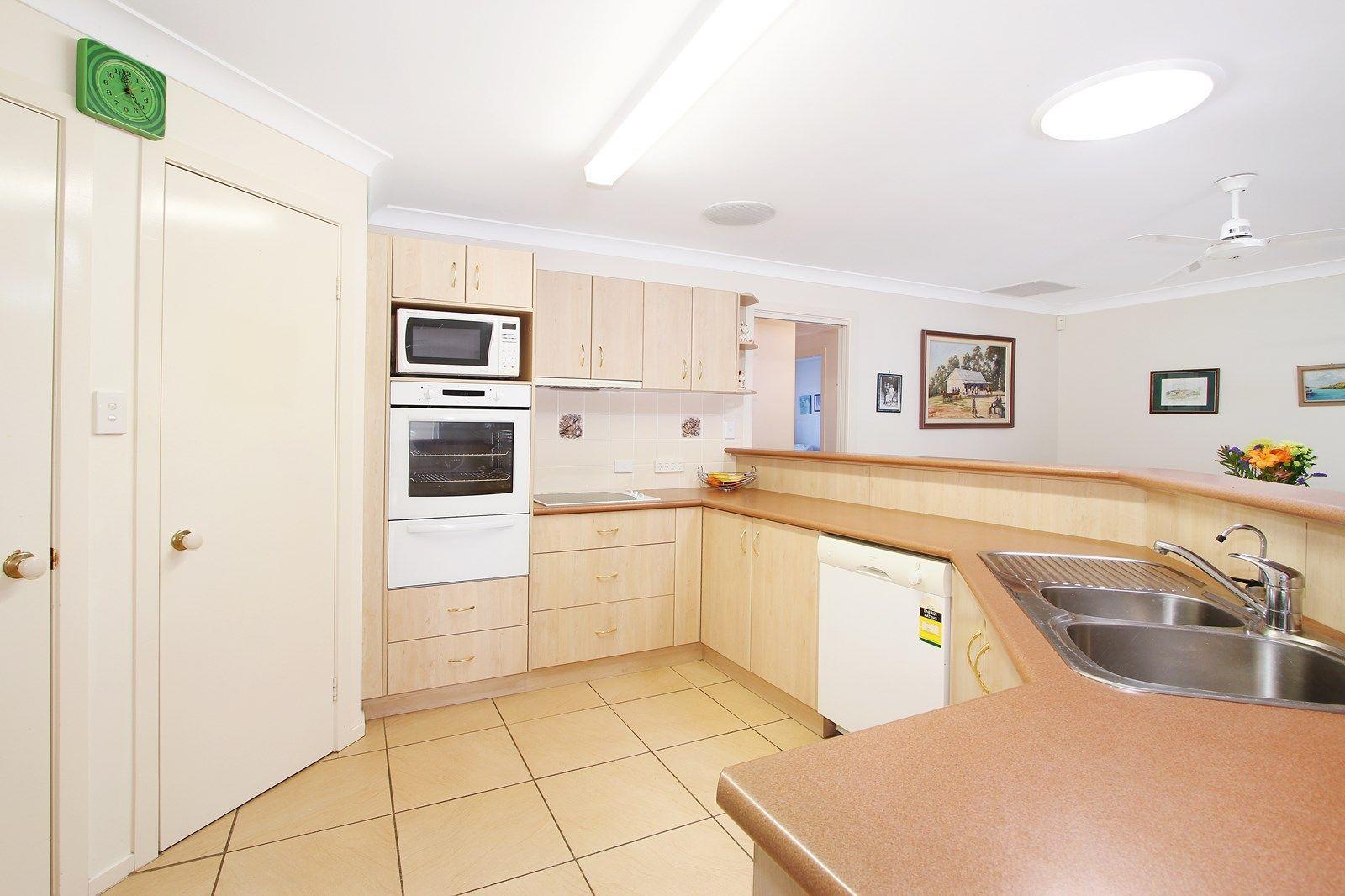 11 Conimbla Crescent, Tamworth NSW 2340, Image 2