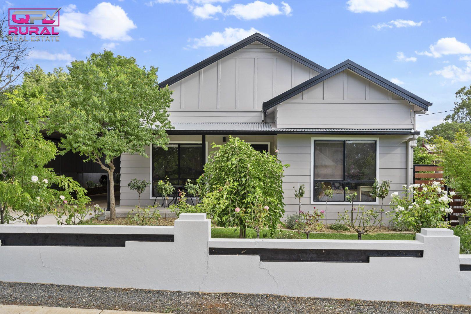 140 Polaris Street, Temora NSW 2666