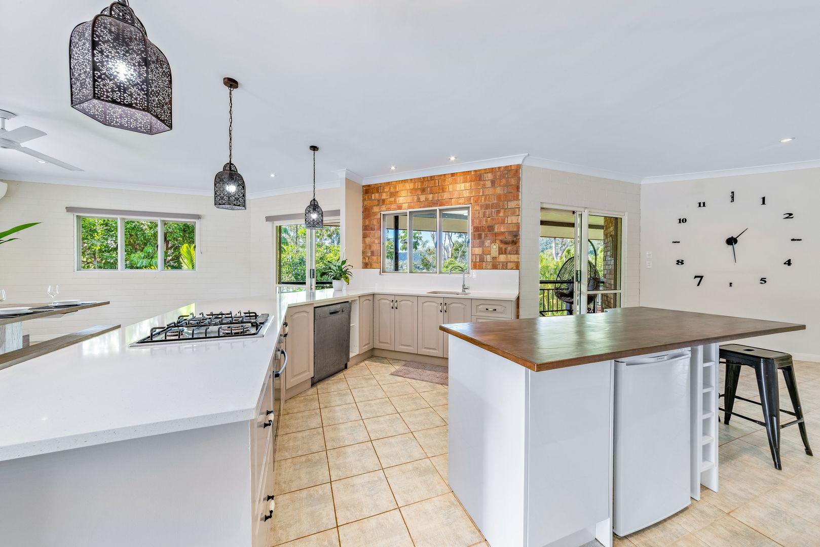 4 Dixon Place, Cannonvale QLD 4802, Image 0
