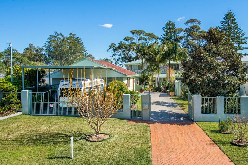 40 Albert Street, Taylors Beach NSW 2316, Image 2