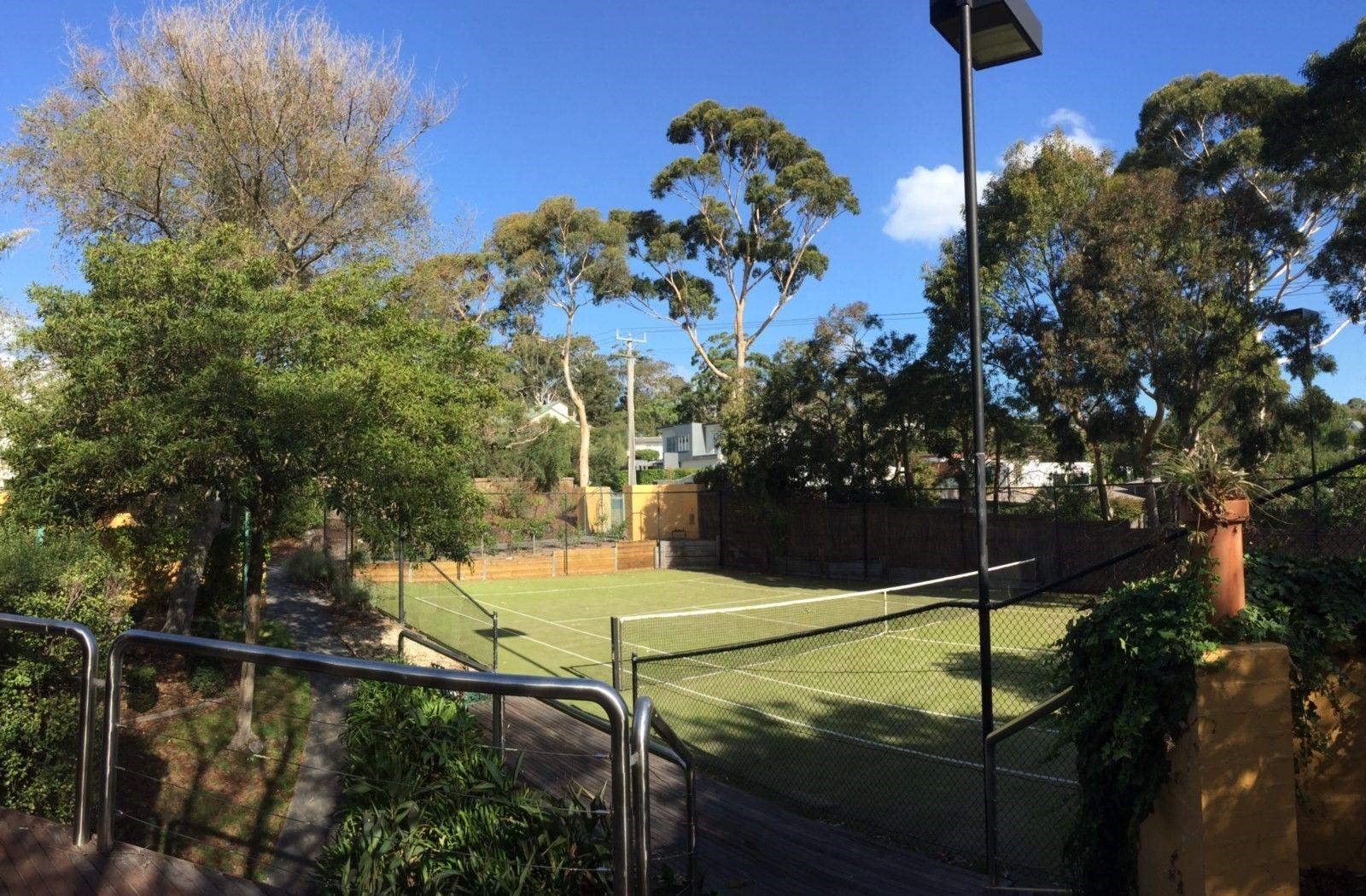 18 Daveys Bay Road, Mount Eliza VIC 3930, Image 1