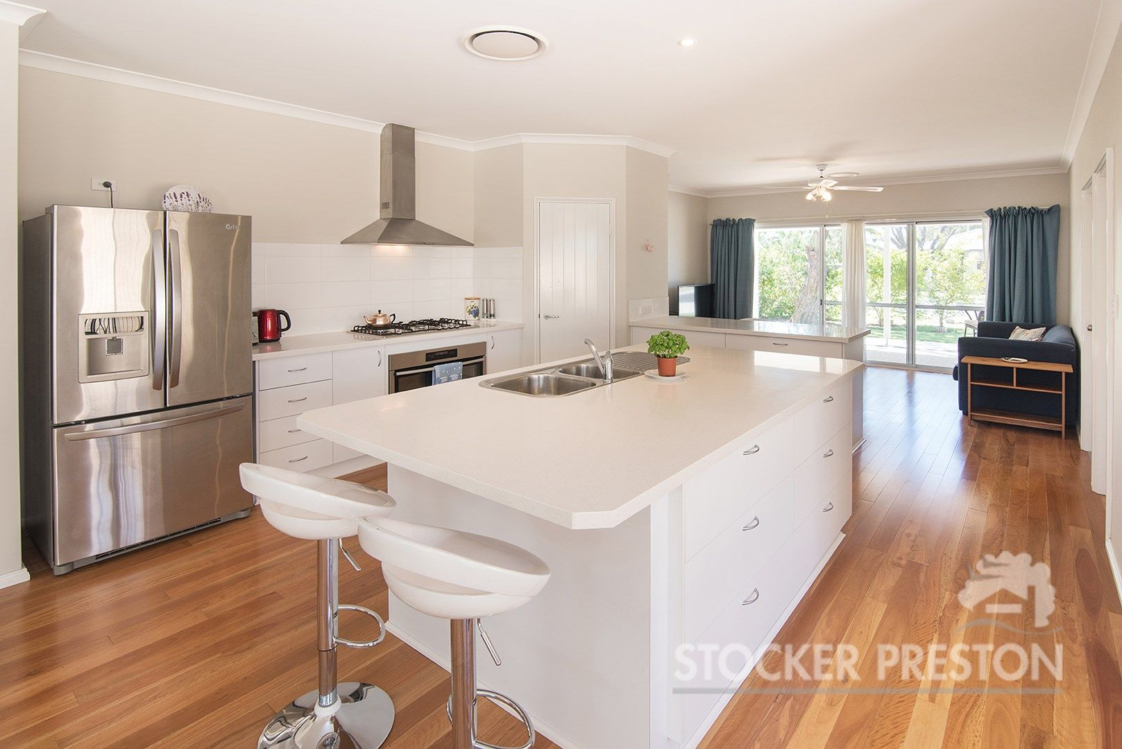 35 Davies Way, Broadwater WA 6280, Image 0