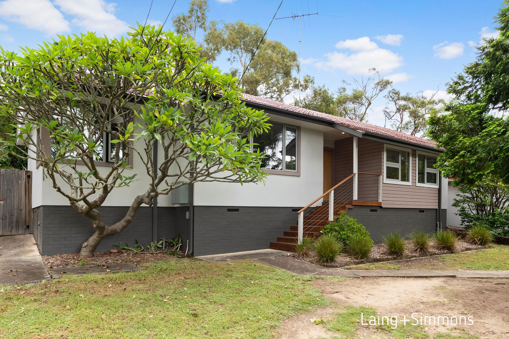 4 Evans Road, Hornsby Heights NSW 2077, Image 0