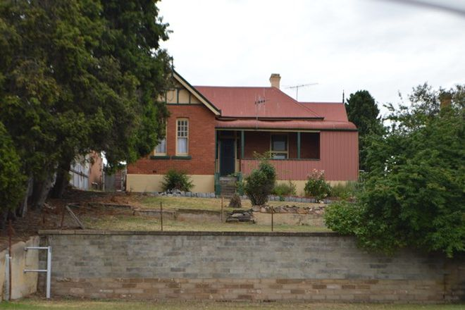 Picture of 1/98 Bourke Street, GOULBURN NSW 2580