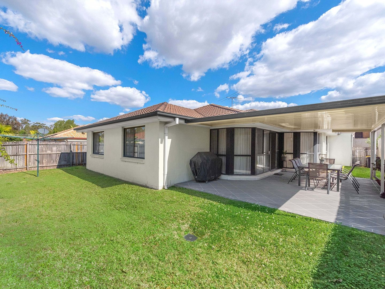16 Marlborough Place, Carindale QLD 4152, Image 0