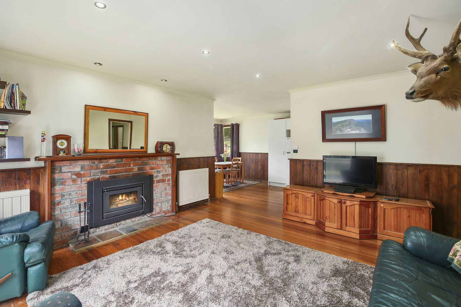 15 Glory Avenue, Don Valley VIC 3139, Image 2