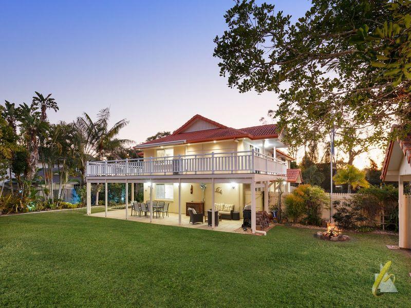 64 Drysdale Street, Mount Ommaney QLD 4074, Image 2