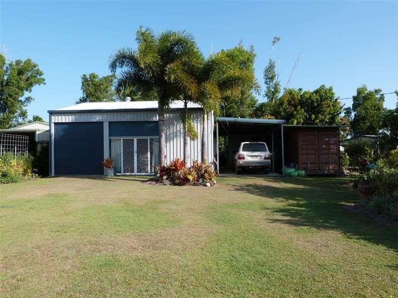 28 Melaleuca Drive, Tully Heads QLD 4854, Image 0