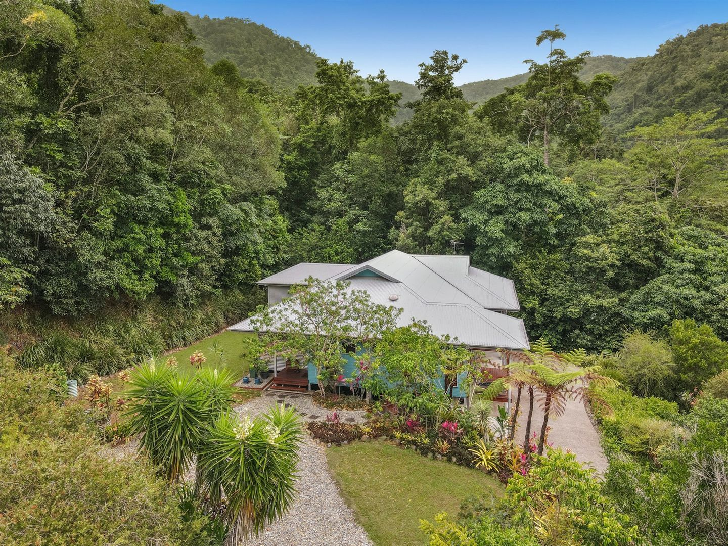 2-4 Leafy Close, Redlynch QLD 4870, Image 1