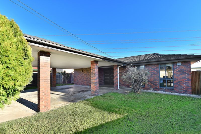 21 Warren Court, Keilor East VIC 3033, Image 0