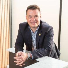 Chris le Roux, Sales representative