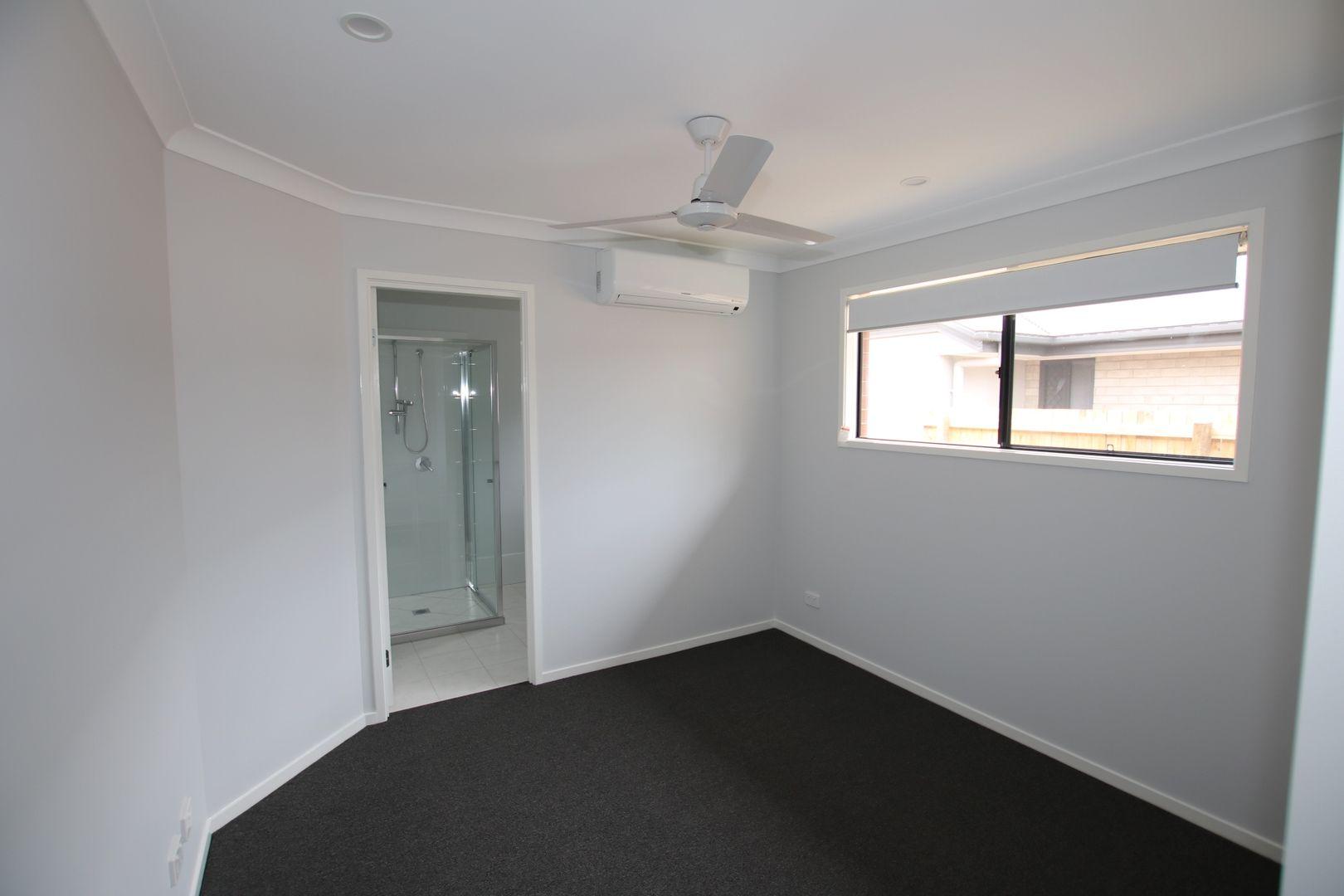1/23 Ryrie Court, Park Ridge QLD 4125, Image 2