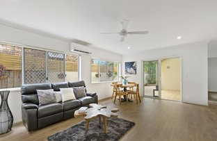 Picture of 1/104 Nobby Parade, Miami QLD 4220