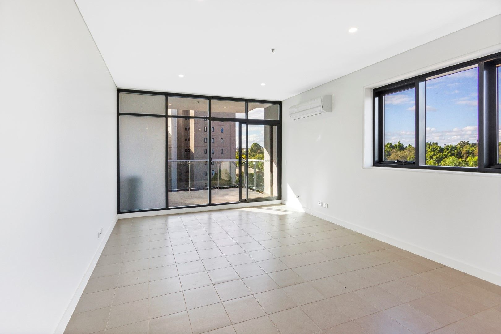 304/22 Parkes Street, Harris Park NSW 2150, Image 2