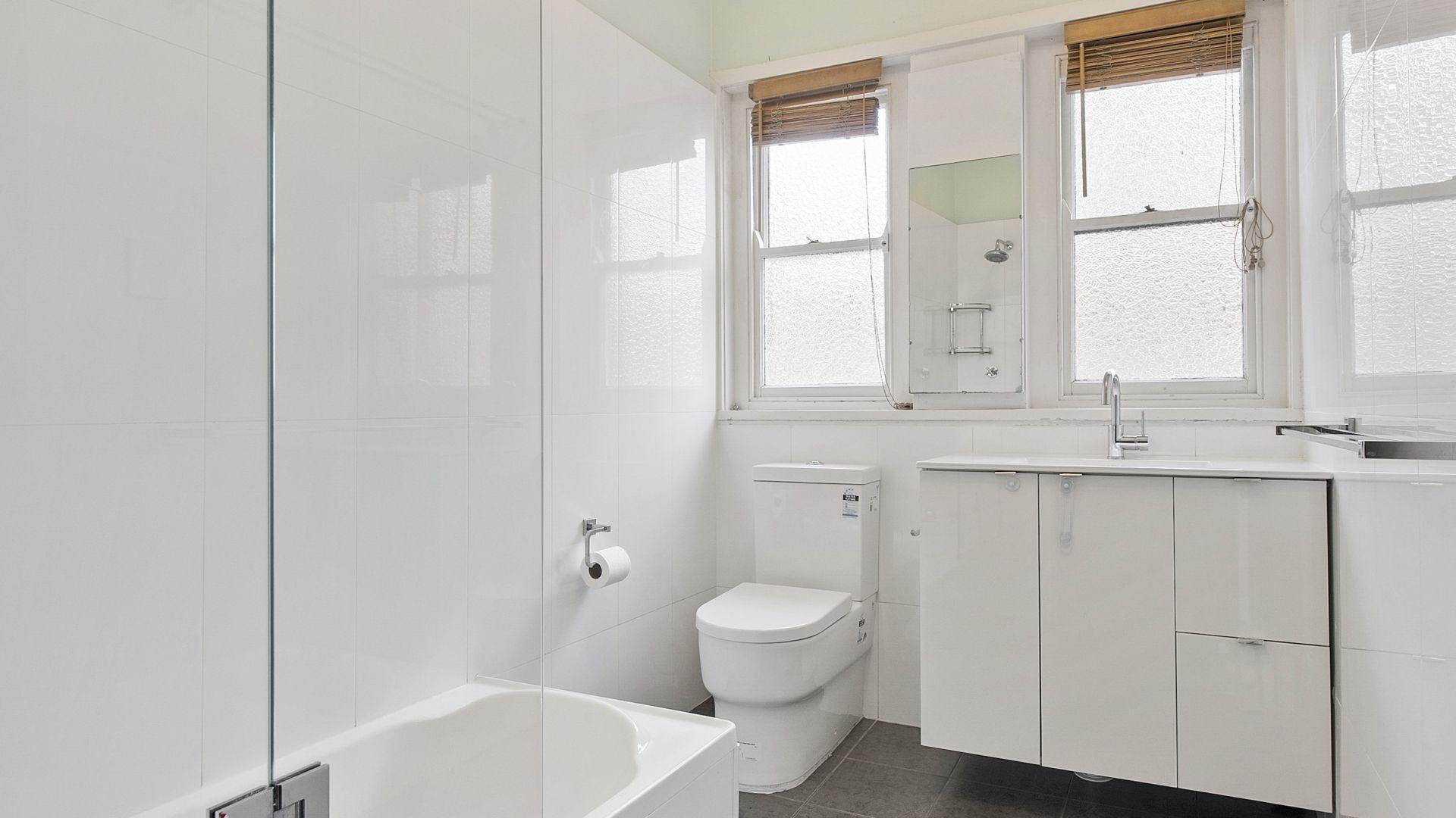 21 Kanoona Avenue, St Ives NSW 2075, Image 1