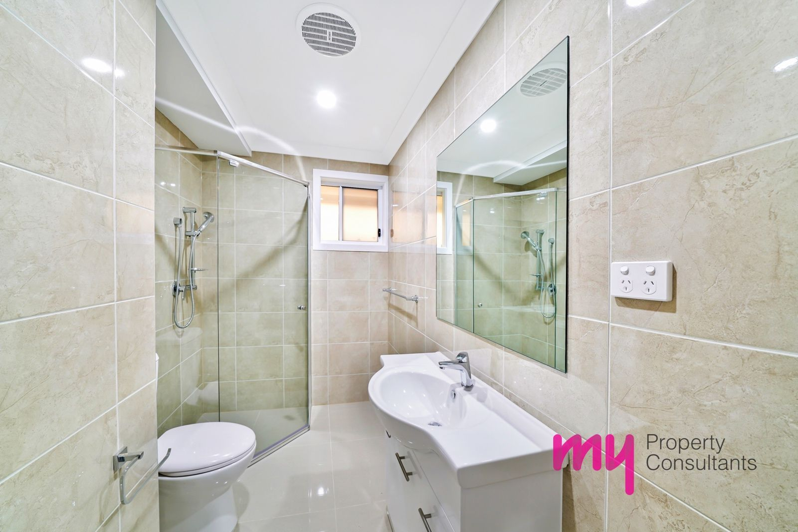1a O'Malley Place, Glenfield NSW 2167, Image 2
