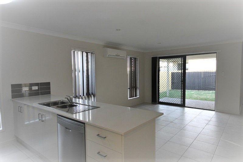 21 Parkvista Circuit, Coomera QLD 4209, Image 1