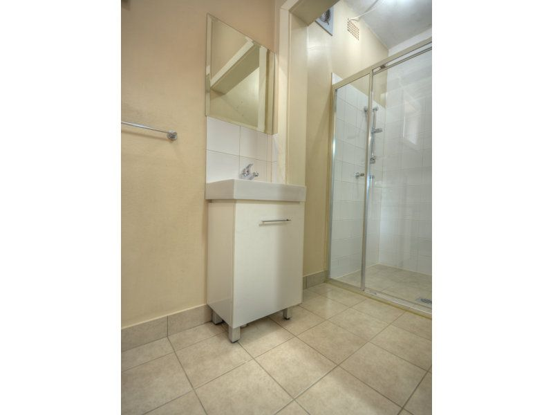 4/109-111 Pendle Way, Pendle Hill NSW 2145, Image 2