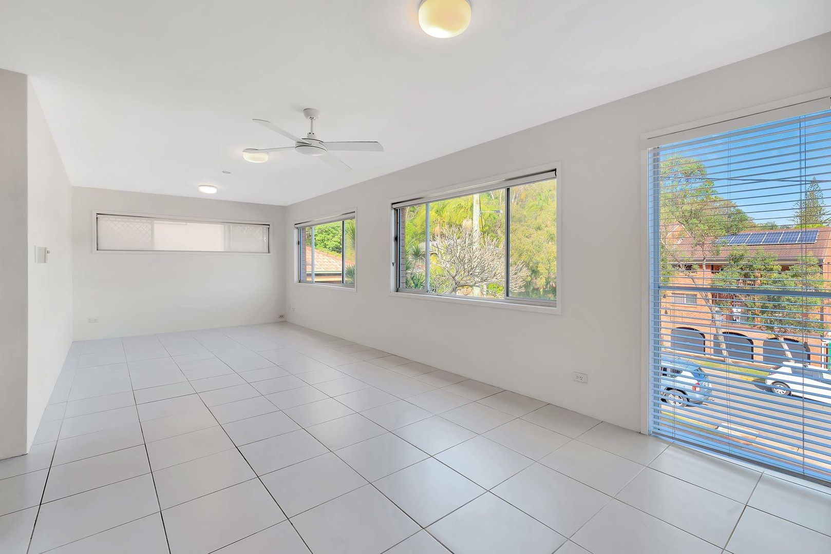 Unit 3/7 Albert St, Burleigh Heads QLD 4220, Image 1