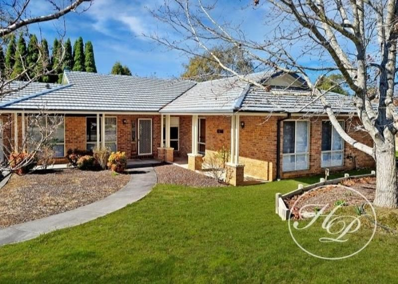 8 Bill O'Reilly Close, Bowral NSW 2576, Image 0