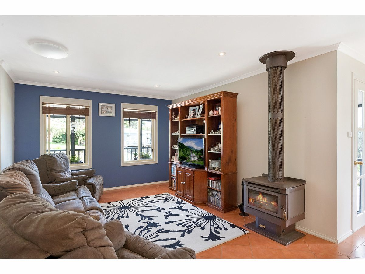 76 Surf Circle, Tura Beach NSW 2548, Image 2