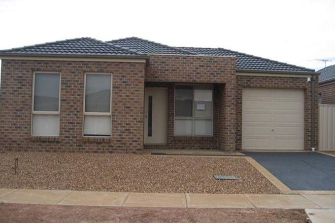 Picture of 49 Skipton Street, KURUNJANG VIC 3337
