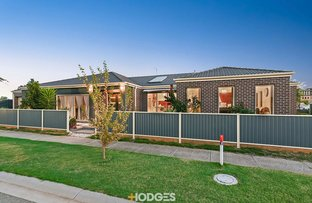 Picture of 1 Gonis Crescent, Carrum Downs VIC 3201