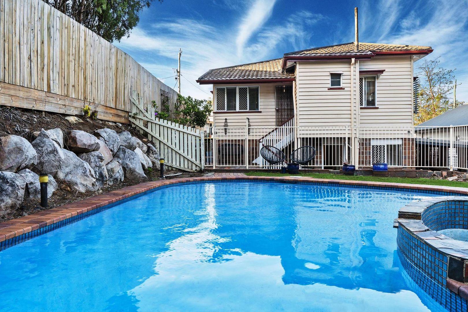 68 Waverley Street, Annerley QLD 4103, Image 1