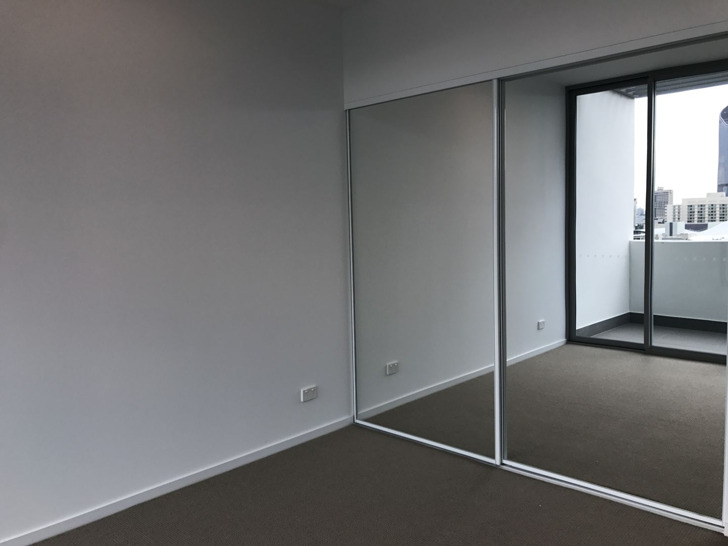 702/32 Russell Street, South Brisbane QLD 4101, Image 2