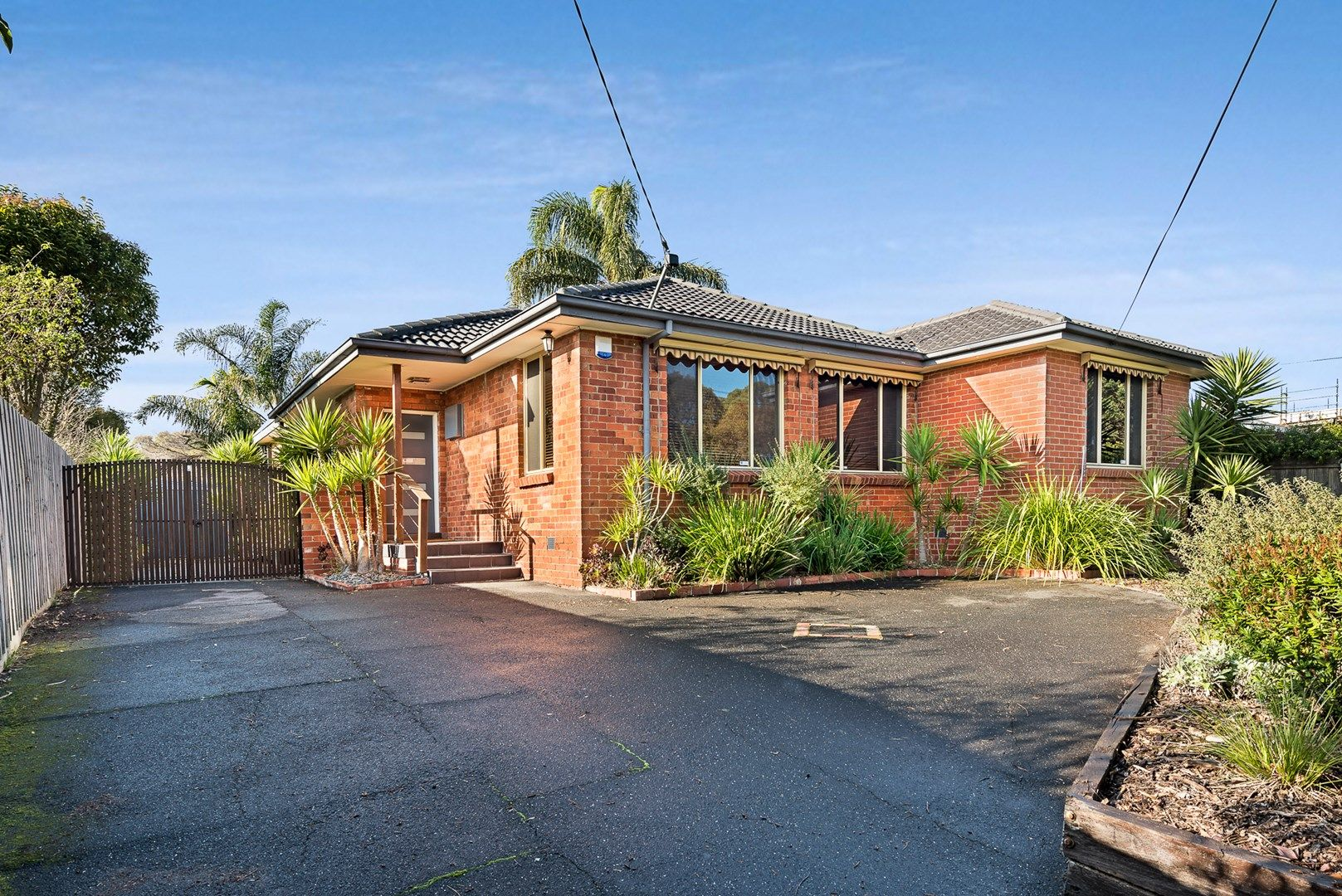 10 Cooke Avenue, Hampton East VIC 3188, Image 0