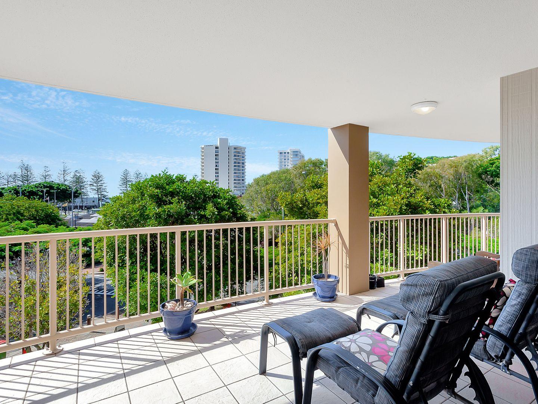 25/4 Park Avenue, Burleigh Heads QLD 4220, Image 2