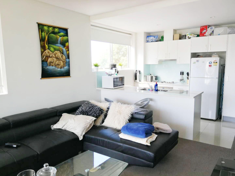13/37 Campbell St, Parramatta NSW 2150, Image 2
