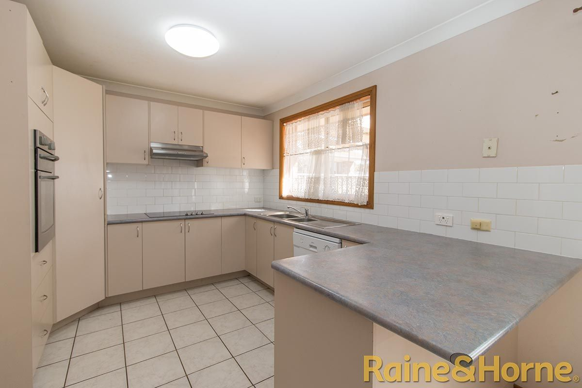 154 Boundary Road, Dubbo NSW 2830, Image 2