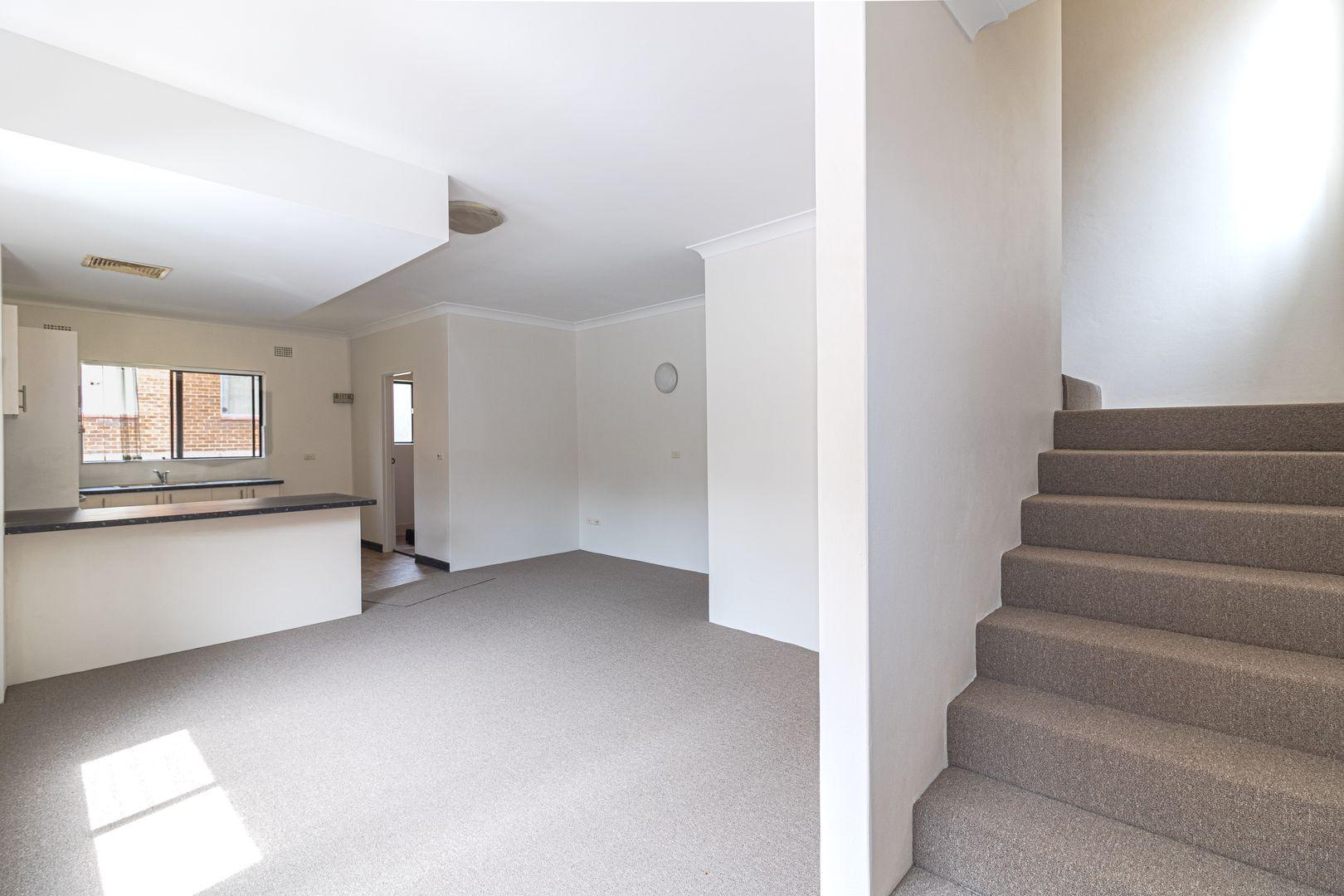 9/18 Hainsworth Street, Westmead NSW 2145, Image 2