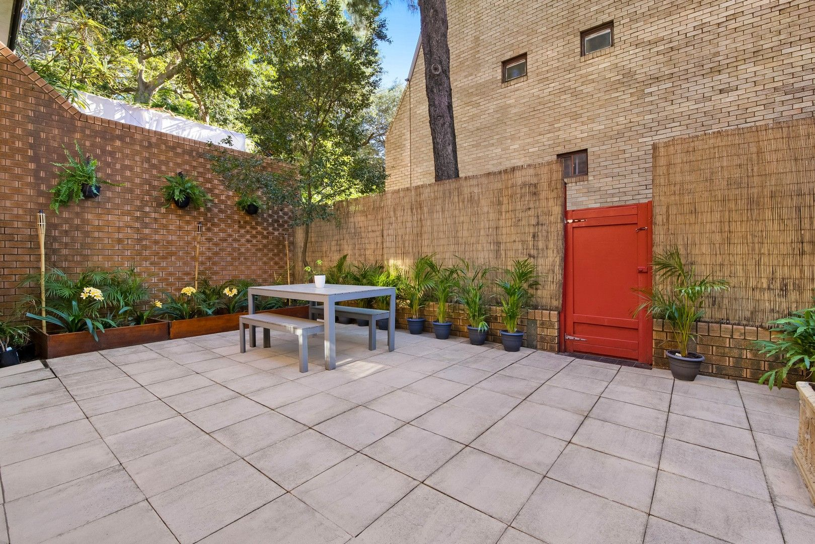 3 bedrooms Townhouse in 4/184 Old South Head Road BELLEVUE HILL NSW, 2023