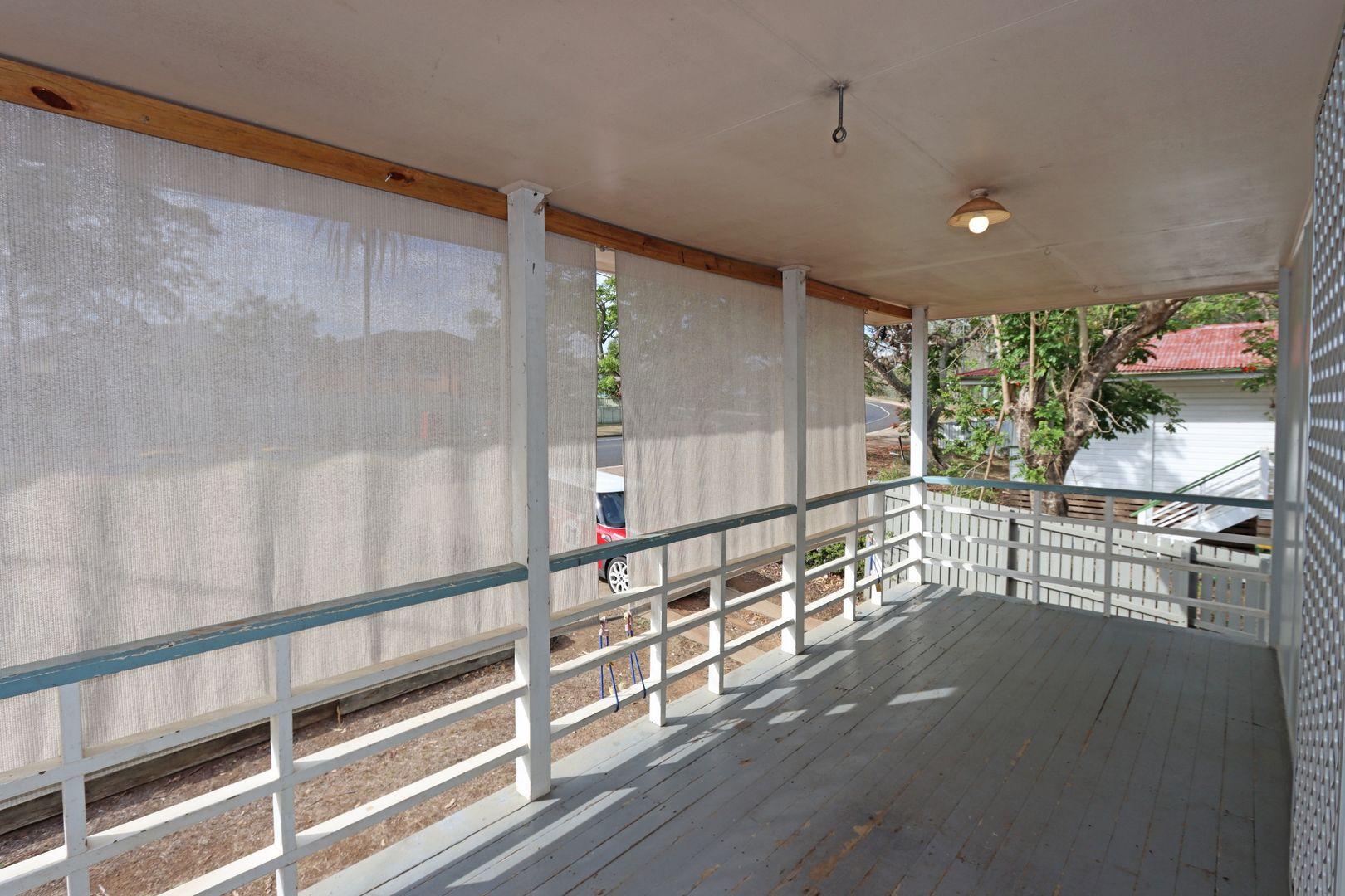 38 ASPINALL STREET, Leichhardt QLD 4305, Image 2