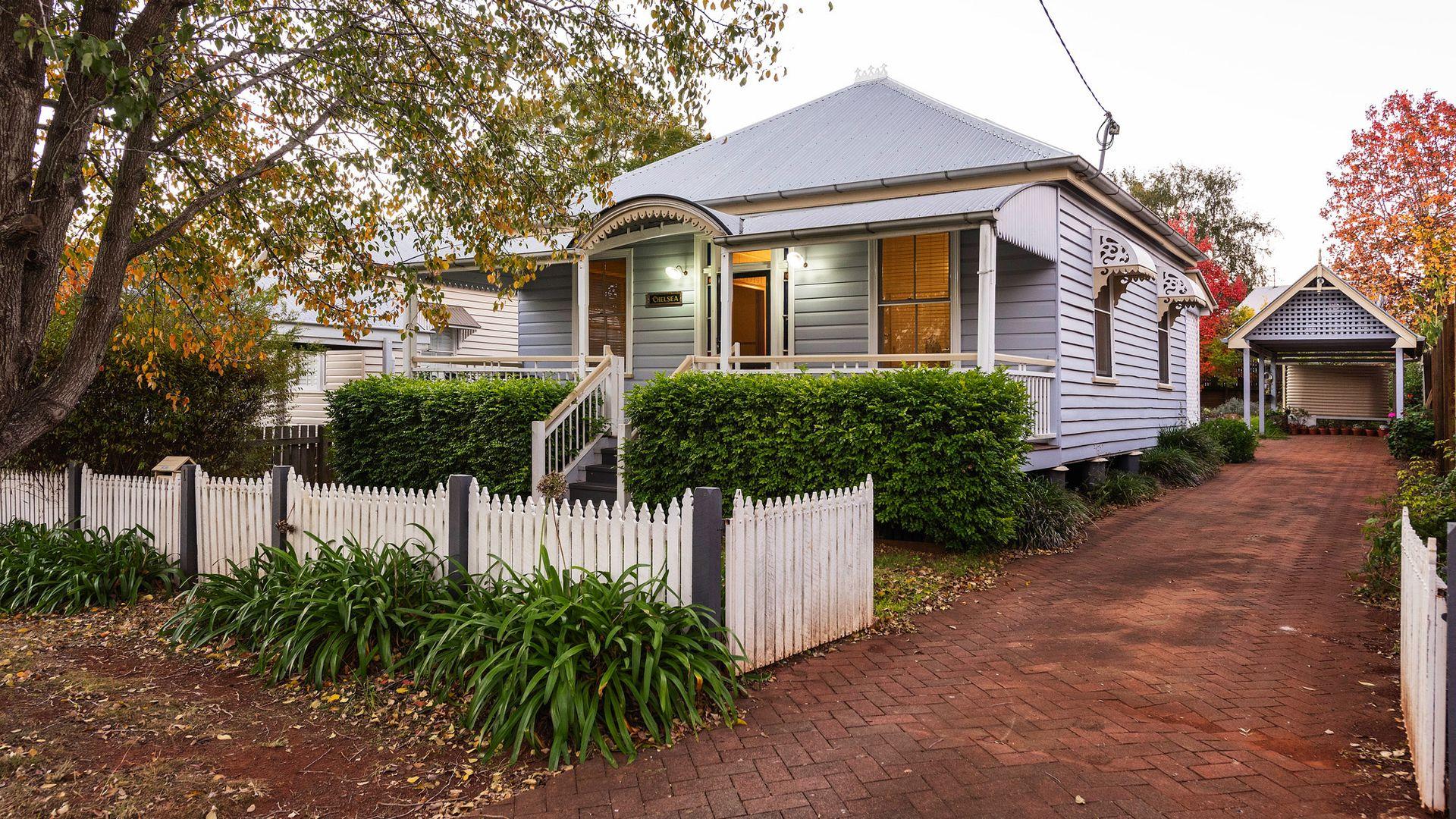 1 Warren Street, East Toowoomba QLD 4350, Image 1