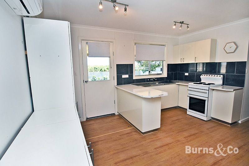 33 Cudgee Road, Dareton NSW 2717, Image 2