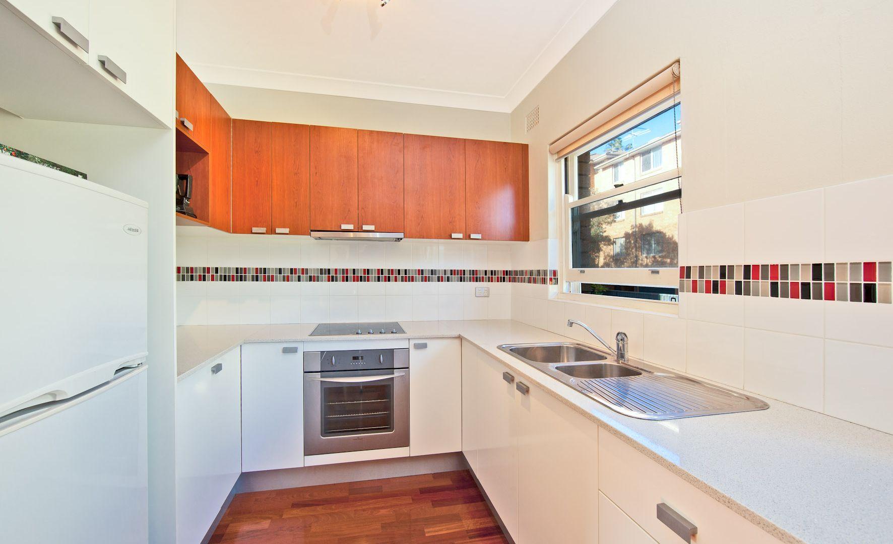10/18 Lewis Street, Cronulla NSW 2230, Image 2