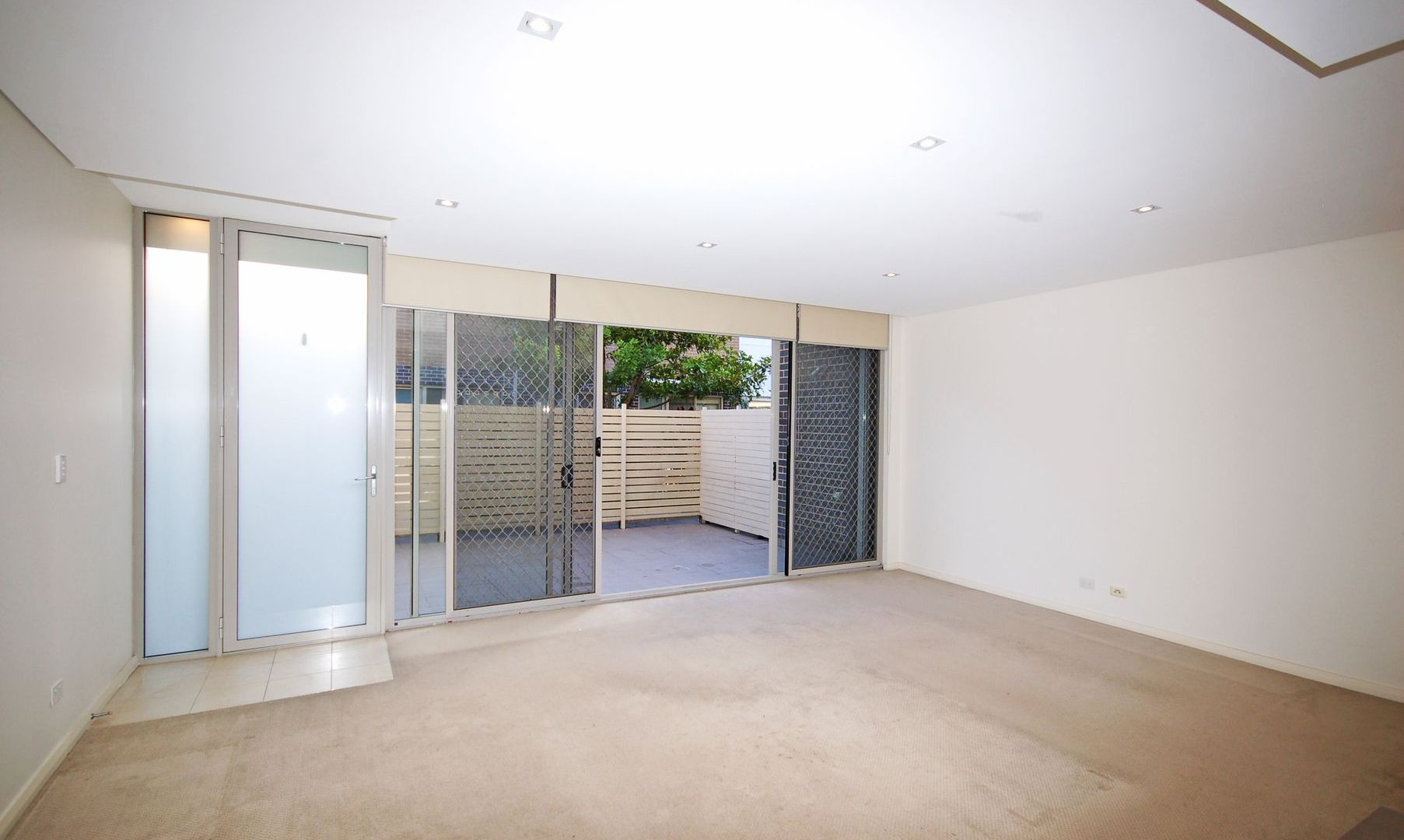 2/137 Willarong Rd, Caringbah NSW 2229, Image 1