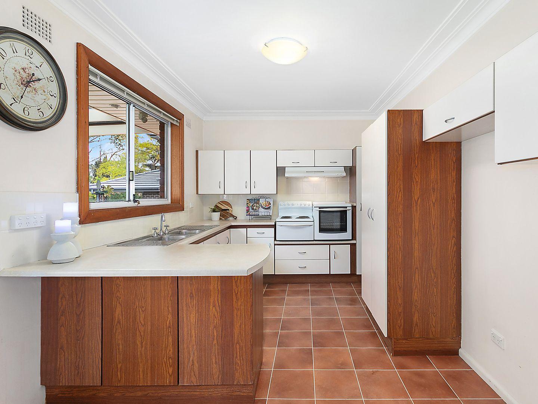 4 Milham Avenue, Eastwood NSW 2122, Image 2