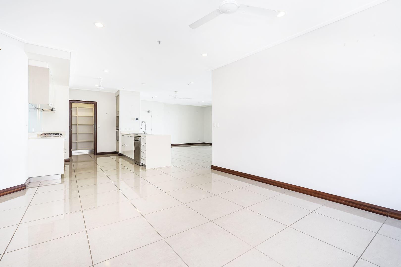 10/29 Woods Street, Darwin City NT 0800, Image 2