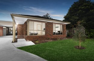 Picture of 2/8 Rayner Close, Rowville VIC 3178