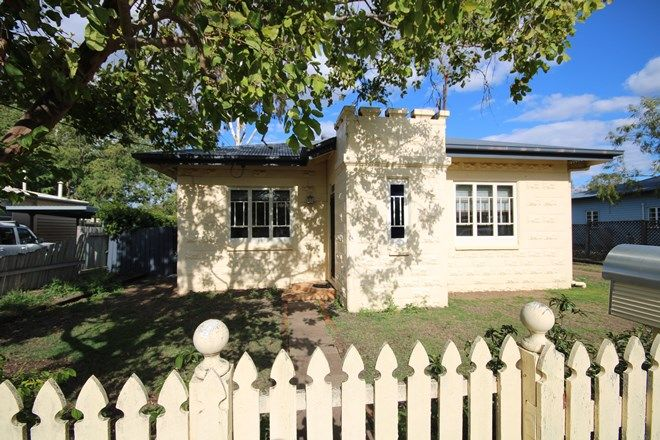 Picture of 9 Wooburn Street, DALBY QLD 4405