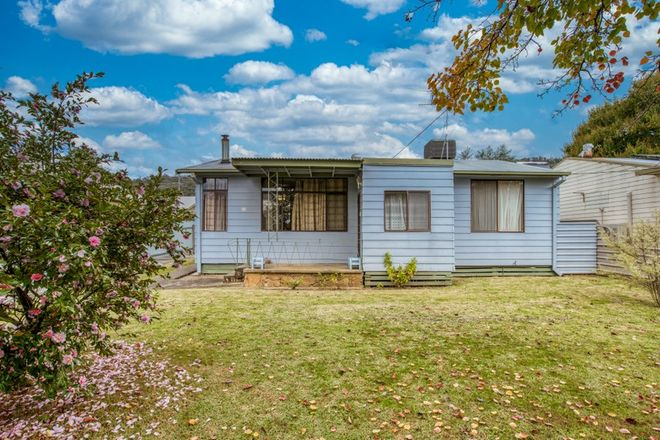 Picture of 96 Lakeside  Avenue, MOUNT BEAUTY VIC 3699