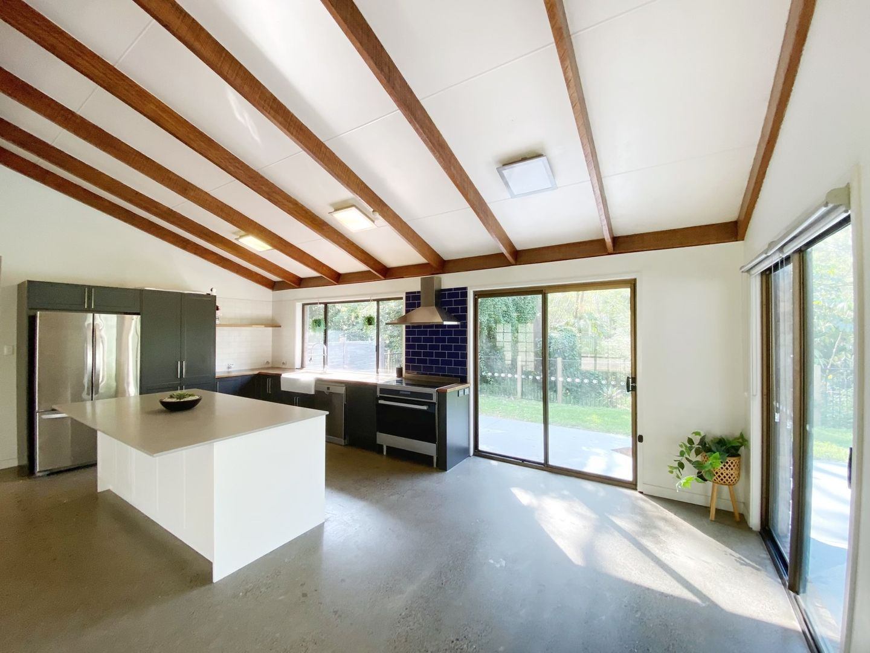 34 Mountain Vista Court, Mount Crosby QLD 4306, Image 1