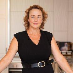 Belinda Franks, Sales representative