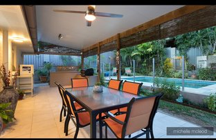 Picture of 10 Fiona Street, Chapel Hill QLD 4069